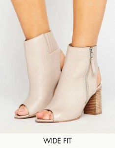Wide fit leather high ankle boots in nude