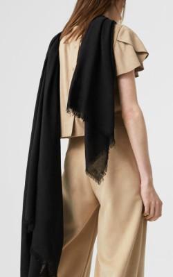 Flowy scarf Mango