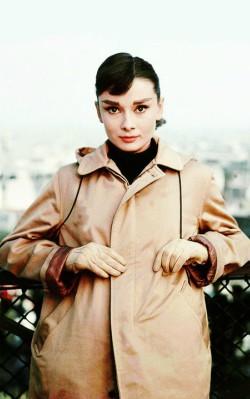 Audrey Hepburn winter autumn style brown bomber jacket with black polar neck - shop the look