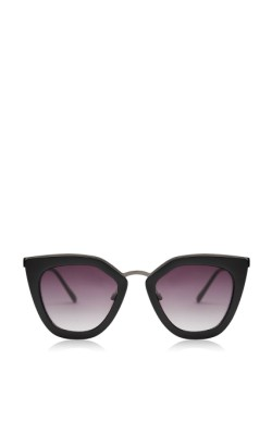 12 Pieces for a Hepburn-inspired Wardrobe - TopShop Olivia Kitten Frame Sunglasses by Skinnydip - $60.00
