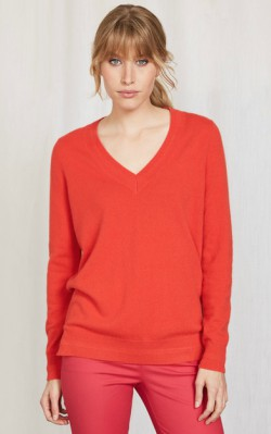 Boden CASHMERE RELAXED V-NECK SWEATER - $100 - $120 in snap dragon red shop