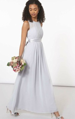 What to wear to a black tie wedding - long flowing light lilac gown