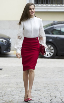Queen Letizia in red pencil skirt and white top