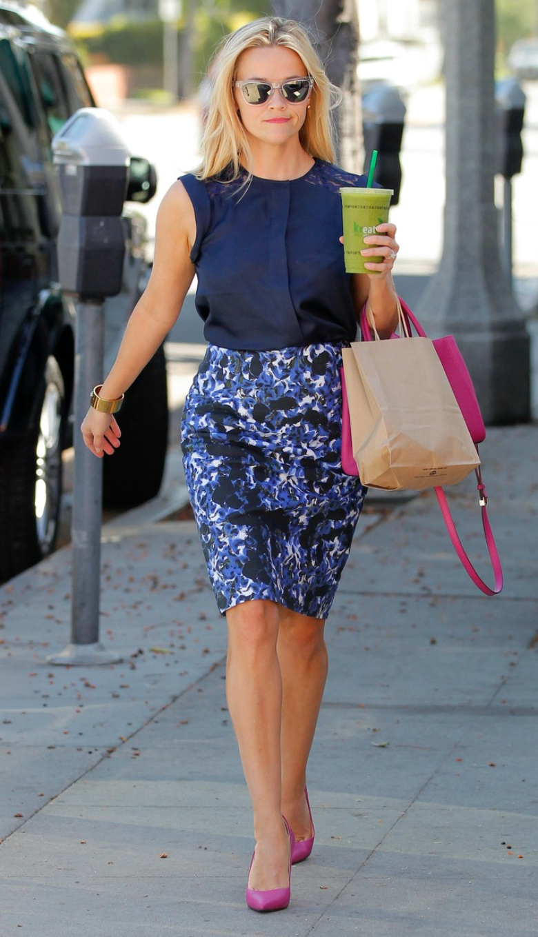 Reese Witherspoon in blue pencil skirt, pink heels and blue blouse