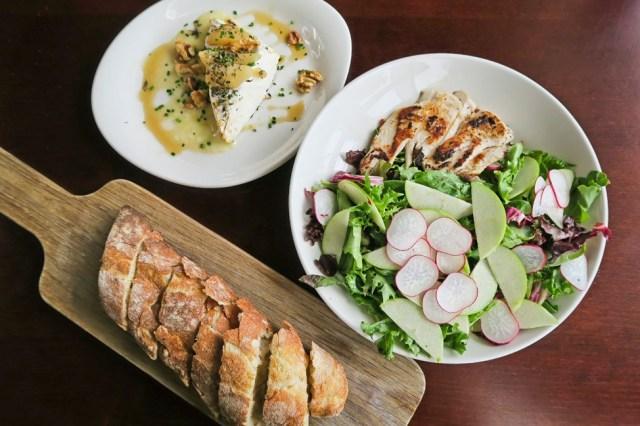 Mon Ami Louis / Where to Eat in Winnipeg