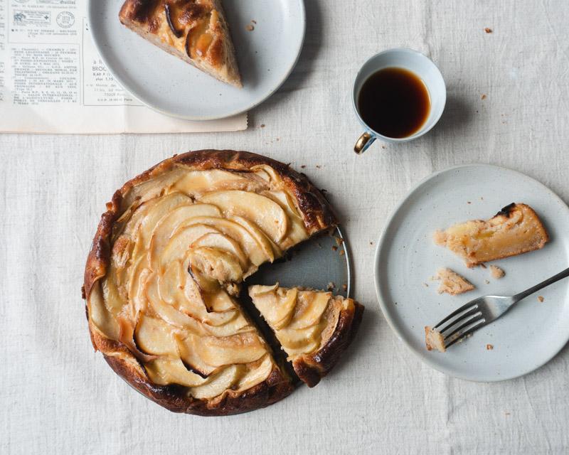 apple cake sliced plated