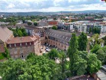 Kassel von oben Richtung Renthof beim Altstadtfest im Juni