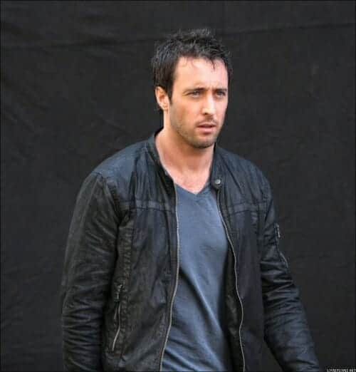 Alex O'Loughlin filming The Backup Plan