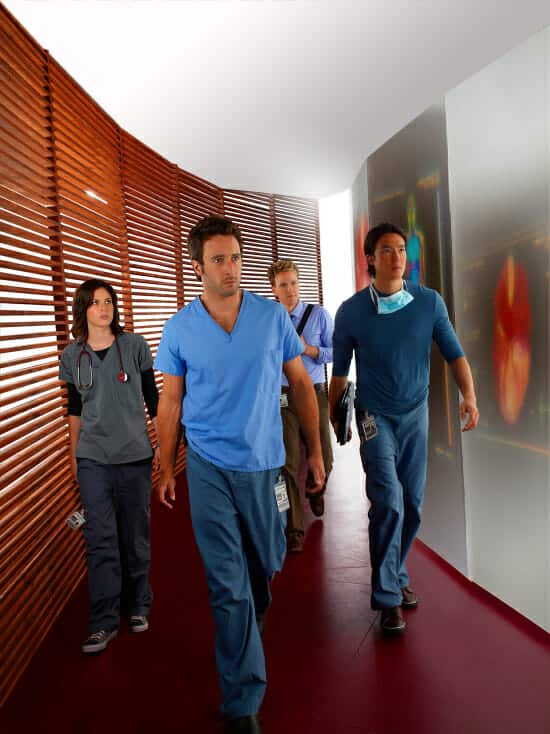 Three Rivers photo of Alex O'Loughlin as Andy Yablonski and his team of medical specialists