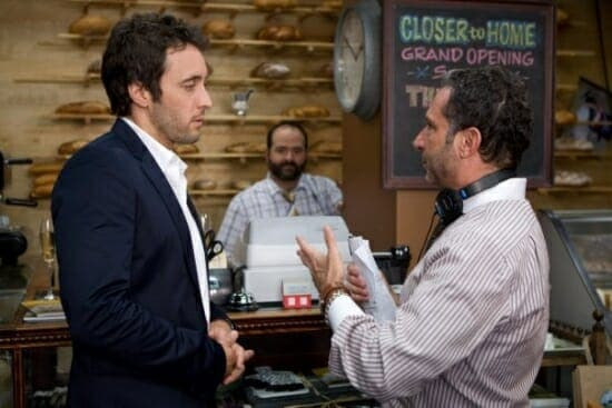 Alex O'Loughlin and director on the set of the The Back-Up Plan