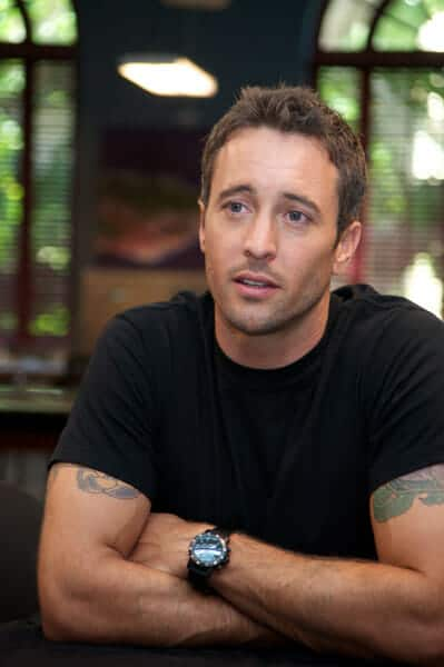Gratuitous Alex O Loughlin Photos From Hawaii Five 0 Set