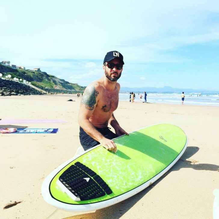 alex o'loughlin surfing