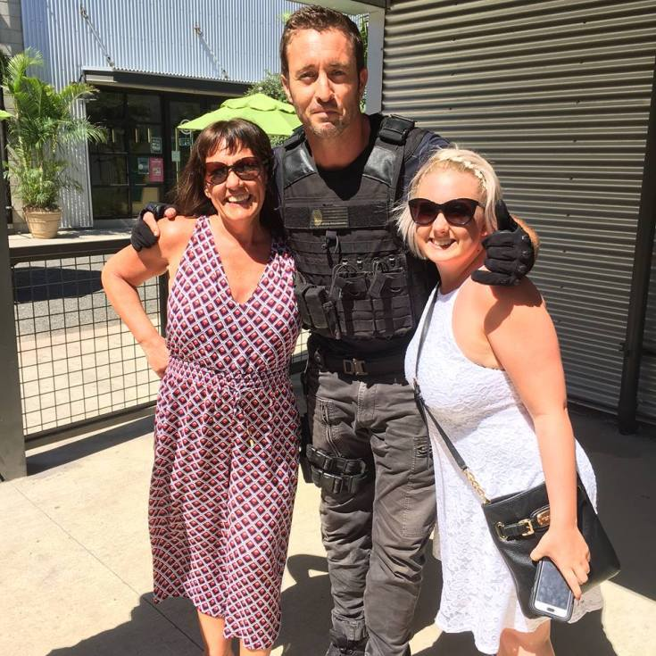 "Alex o""loughlin fan photo"