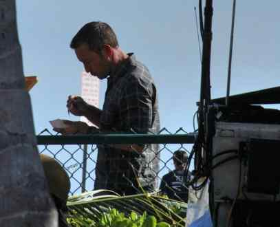 "Alex o""loughlin behind the scenes"