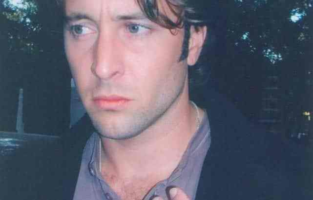 Rare Alex O'Loughlin Moonlight Photos