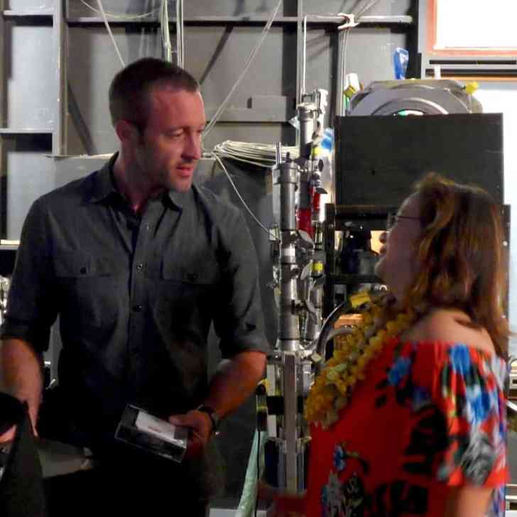 alex o'loughlin set visit