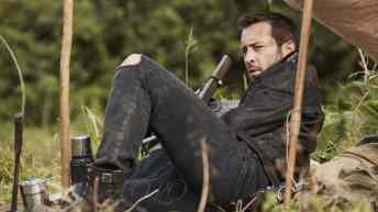 Relaxing with Alex O'Loughlin