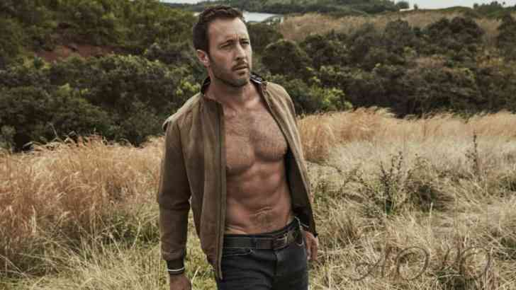 Aloha Friday Alex O'Loughlin Photos
