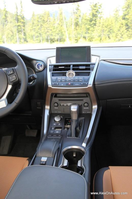 2015 Lexus 200t 2015 Lexus 300h Interior-003