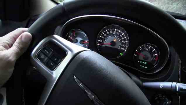 2011 Chrysler 200 Touring Review