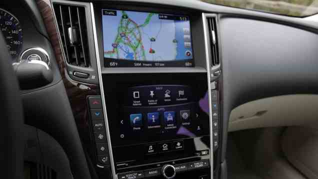 Infiniti InTouch Infotainment and Navigation review