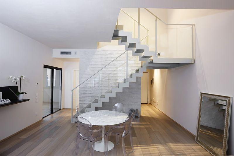 Immagini di scale interne scale a chiocciola e scale - Immagini scale interne moderne ...