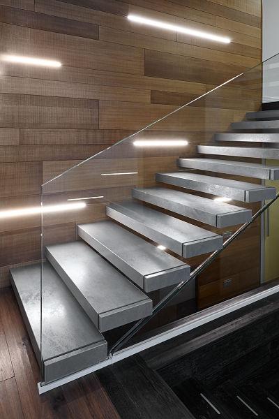 Scala interna a sbalzo realizzazioni - Illuminazione scala interna ...