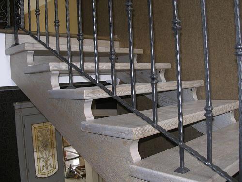 Scale interne classiche a country special - Scale interne in legno ...