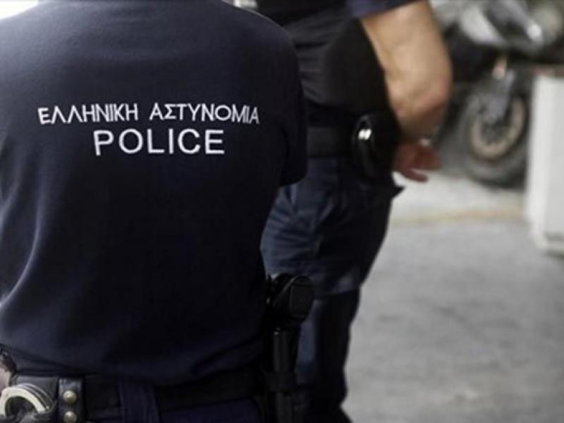 Σε διαθεσιμότητα ο αστυνομικός που χτυπήθηκε από αλλοδαπούς - Κατηγορείται για ληστεία