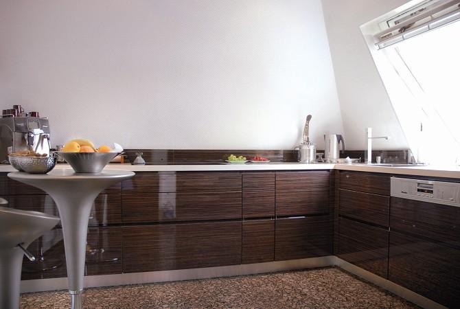 Kchen mit Furnier und Holzoberflchen  Alfred Jacobi