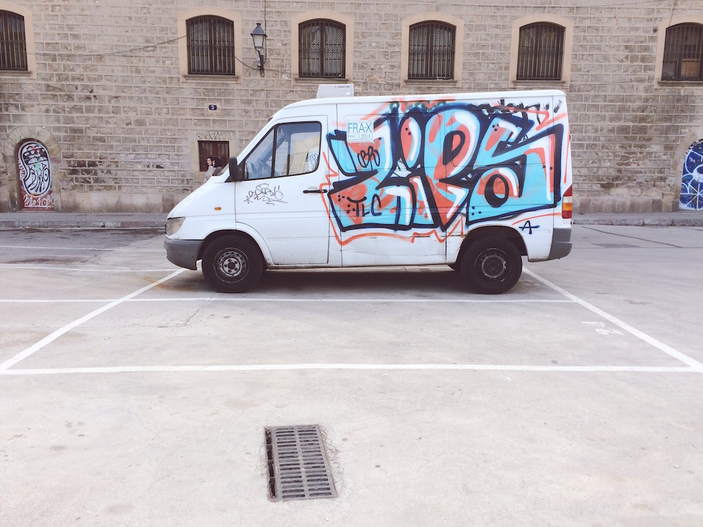Van by Alfredo Liétor Photography