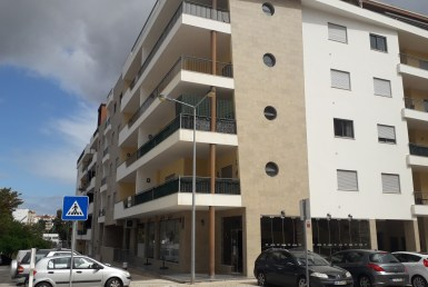 central-location-3-bedroom-apartment-in-lagos to rent