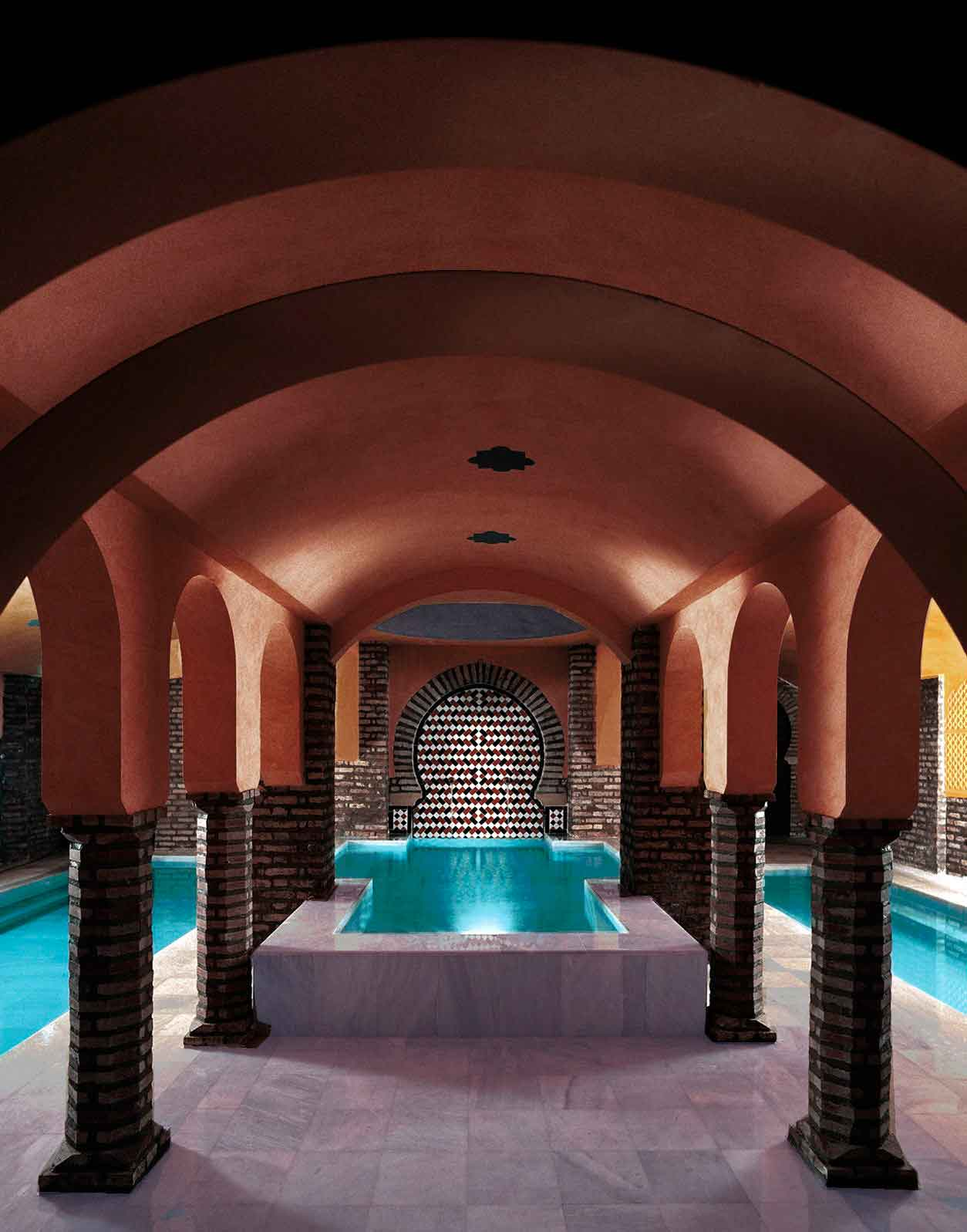 Visit to the Alhambra and Hammam Arab Baths