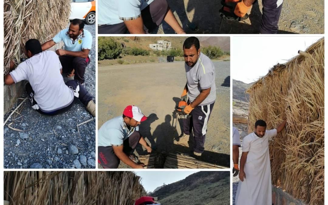 فريق #وادي_غول وبالتعاون مع بلدية الحمراء ينفذ معسكر عمل لإعادة إصلاح الاستراحات السياحية ببلدة المنثار