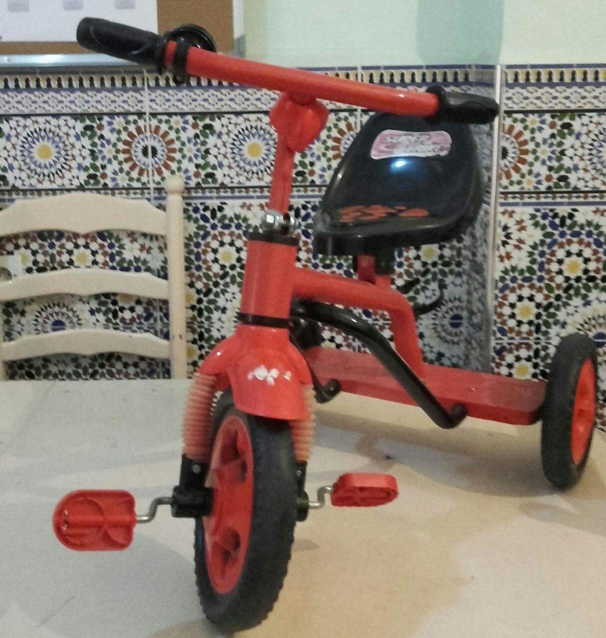 هبة عبارة عن دراجة هوائية