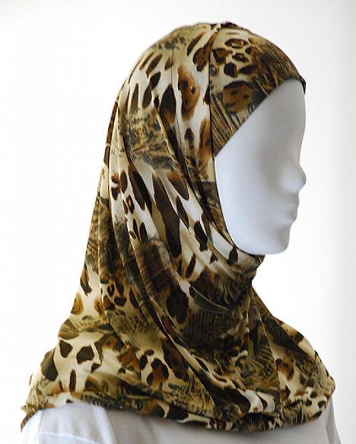 Lycra Al Amirah Hijab hi1558
