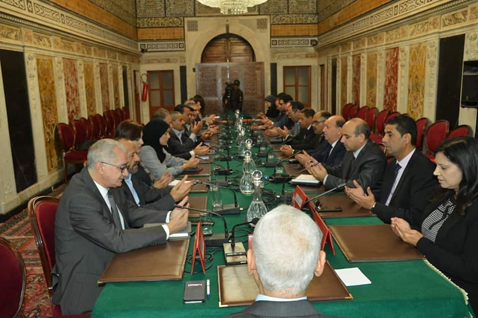رئيس مجلس نواب الشعب يعقد جلسة عمل مع نواب الشمال الغربي