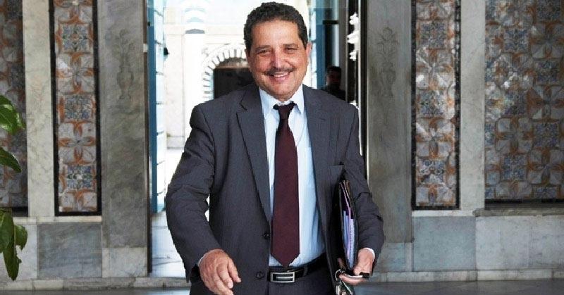 دعوات لإعفاء رئيس بلدية أريانة من مهامه