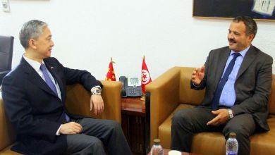 Photo of الصين تعرب عن إستعدادها الكامل للوقوف إلى جانب تونس لمجابهة فيروس كورونا الجديد