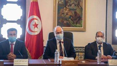 Photo of إنطلاق الحوار بين الحكومة والإتحاد قصد وضع منوال تنمية جديد وإستراتيجية للمرحلة المقبلة