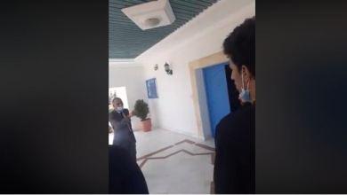 Photo of فيديو يفضح سوء ممارسات سفير تونس بموريطانيا مع الطلبة الأطباء المقيمين هناك