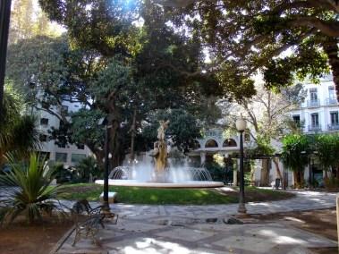 plaza gabriel miro 2