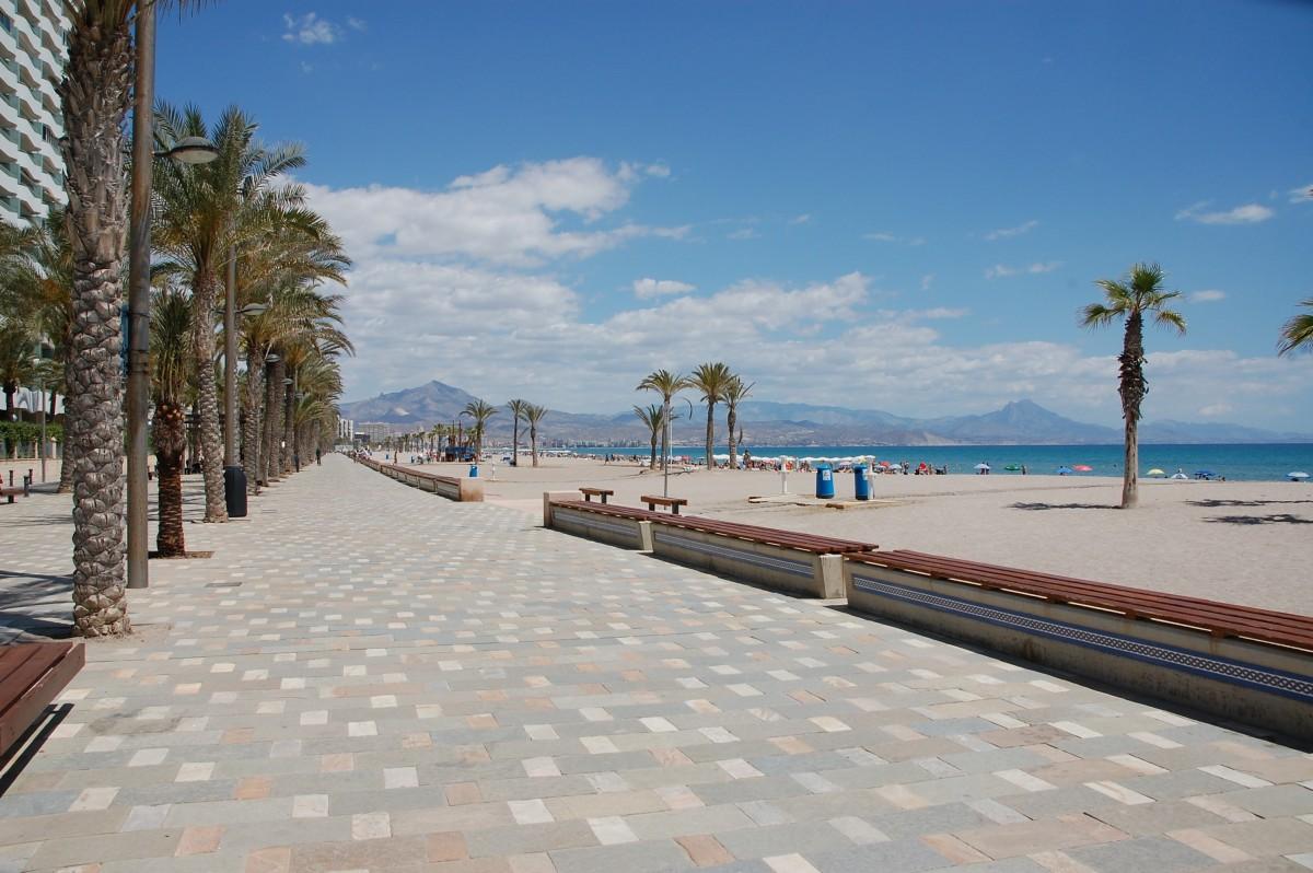 The best beaches of alicante city for Empresas de desatascos en alicante