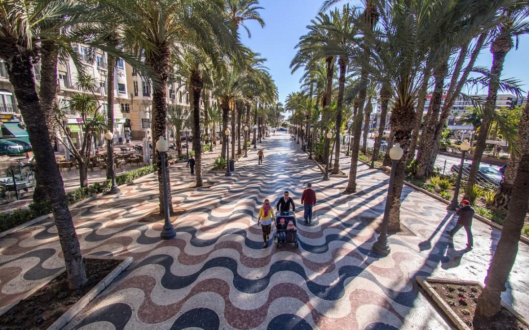 96 propuestas participan en el concurso para la creación de la nueva imagen de marca turística de Alicante
