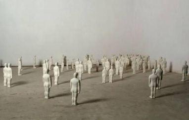 """Exposición de Ascensión González. """"Miedo y abuso en la ciudad"""""""