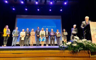 El alcalde, las concejalas de Turismo y Comercio y el edil de Fiestas alientan al sector hostelero en el 40 aniversario de APEHA