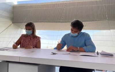 El Ayuntamiento recibe la cesión de la nueva Oficina de Turismo de Alicante