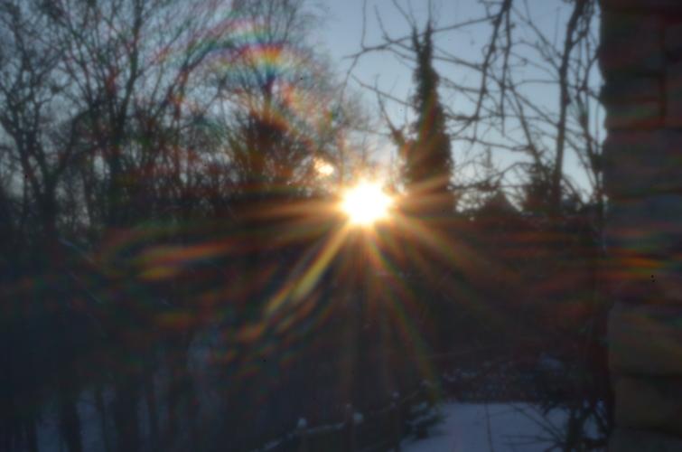 Sonnenstrahlen [holga pinhole lens]