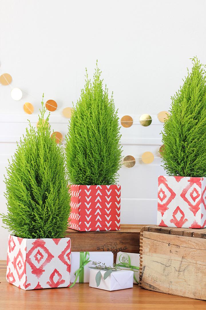 DIY Fabric Covered Holiday Tree Box