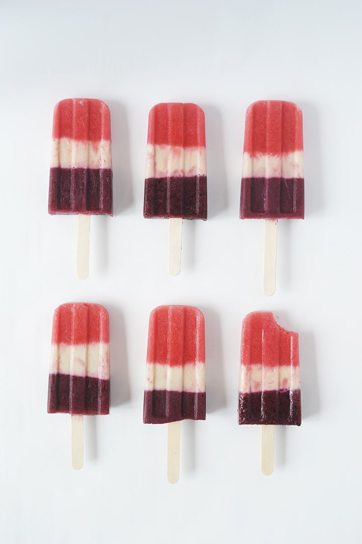 Try this red, white and blue Fourth of July Kids Popsicle recipe!